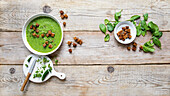 Green gazpacho with croutons