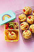Pizza muffins with fruit and nuts 'To Go