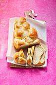 Yeast plait (sugar-free)