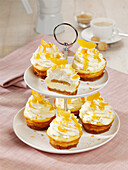 Apricot cheesecake cupcakes