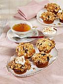 Plum crumble cupcakes