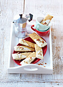 Almond cookies with white chocolate