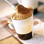 Kaffee-Soufflé mit Kardamom