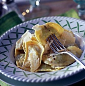 Stuff ravioli (step by step : ravioli with herbs)