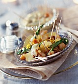 Pan-fried vegetables with hollandaise sauce