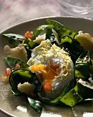 Sugar peas with soft-boiled eggs