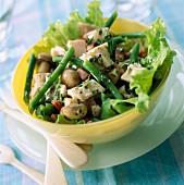 Tuna, bacon and mushroom salad