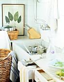 Kitchen sink and kitchen utensils