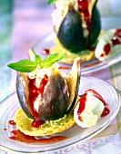 Stuffed figs on macaroon