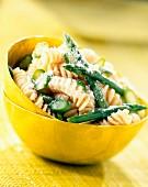 Fusilli mit grünem Spargel und Beurre Blanc