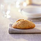 sesame seed roll