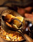 Süsskartoffeln stampfen für Püree