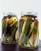 Asparagus in jars (topic : asparagus)