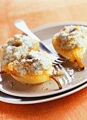 Crispy pear topped with Roquefort cheese