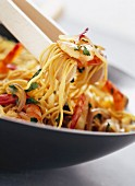Hot peppered noodles with shrimps