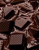Dunkle, schmelzende Schokolade
