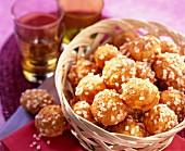 Sugar chou bun Chouquettes