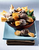 Crunchy pineapple and chocolate candies
