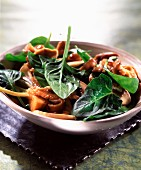 Spinach salad with mushrooms