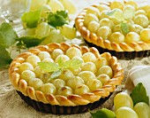White grape tartlets