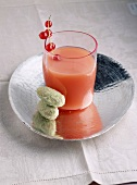 Redcurrant and grapefruit juice