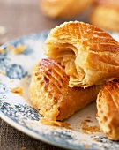 flaky pastry apple pies