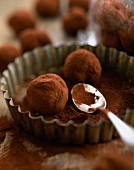 Chocolate dusted truffles (topic: kids' treats)