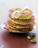 Crunchy pistachio layer