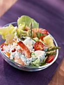 mixed spring salad with prawns (topic: salads)