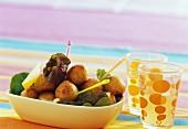 Acras antillais (frittierte Stockfischbällchen, französische Antillen)