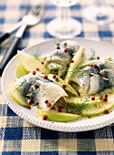 Rollmops with green apples