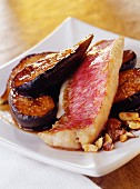 Surmullet fillets with figs