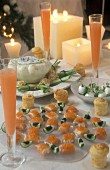 Christmas amuse geules with smoked salmon, caviar and horseradish