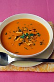 Cream of pumpkin and mussel soup with safron