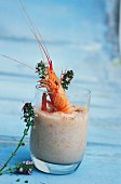 Shrimp cream with paprika and thyme
