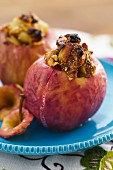 Apples stuffed with figs and white grapes
