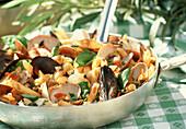 Meeresfrüchte-Nudel-Salat