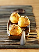 Puff pastry balls filled with coffee cream