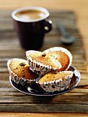 Little hazelnut and coffee cup cakes