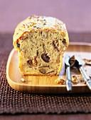 Quetsch plum and walnut cake