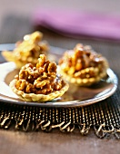 Mini tartlets with caramelized walnuts