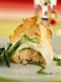 Puff pastry filled with salmon and asparagus