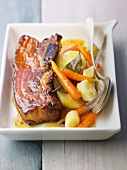 Pork breast caramelized with honey and hotpot vegetables