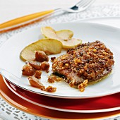 Foie gras escalope with a candied fruit crust