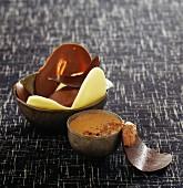 Schokoladendessert mit dreierlei Schokoladen