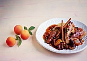 Sautéed chicken with apricots