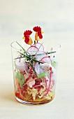 Hähnchensalat mit Gemüsesprossen