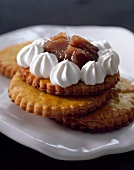 Shortbread biscuits with chestnut cream