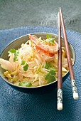 Sauteed rice noodles and shrimps