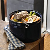 Pot-au-feu (Rindfleisch-Gemüse-Eintopf, Frankreich)